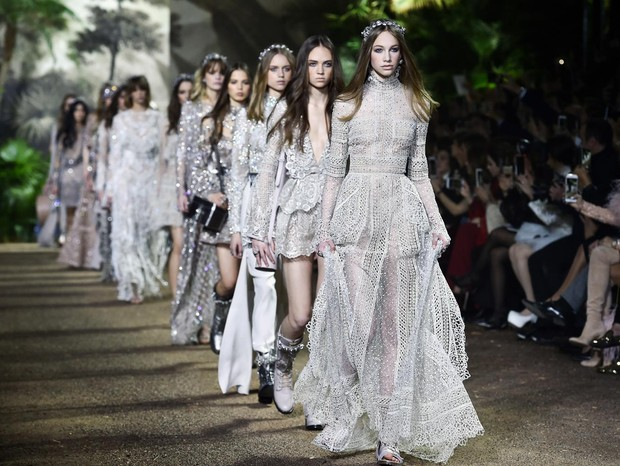 How Much Do Fashion Designers Make In India
