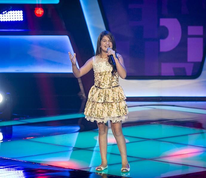 Kaliny Rodrigues canta 'Mira Ira' no The Voice Kids (Foto: Isabella Pinheiro/Gshow)