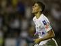 """Vitor Bueno faz gol, chora e comemora atuação após críticas: """"Fui contestado"""""""