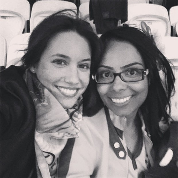 Isabelle e Sara, irmã e suposta namorada de David Luiz (Foto: Reprodução/ Instagram)