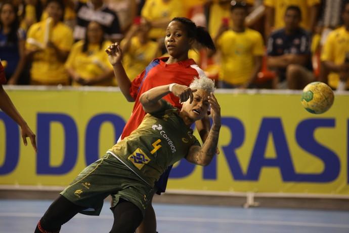 Brasil x Cuba - Torneio Quatro Nações Handebol - Samira Rocha (Foto: Cinara Piccolo/Photo&Grafia)
