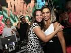 Viviane Araújo e Valesca Popozuda se divertem em festa no Rio