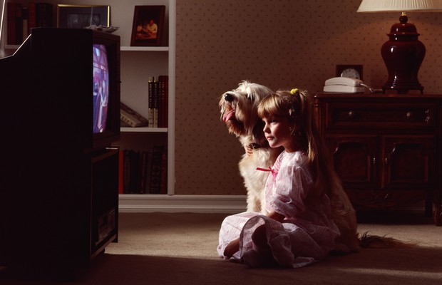 televisão; propaganda; família; brinquedos (Foto: Thinkstock)