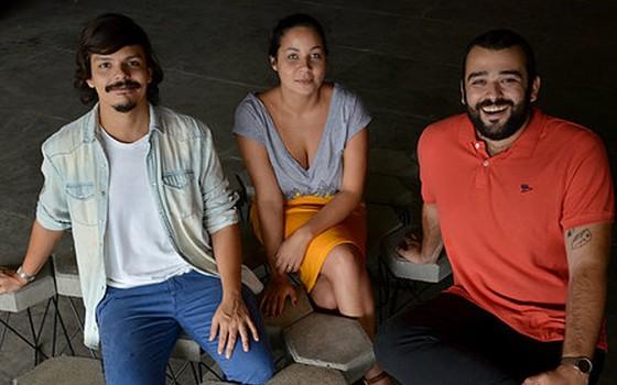Felipe Vargas, Flavia Araujo e Fernando Fernandes são mestres em design de interiores e lançam exposição em seu novo espaço (Foto: Divulgação)