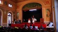 Alunos de Friburgo realizam musical que conta a história da cidade através do comércio