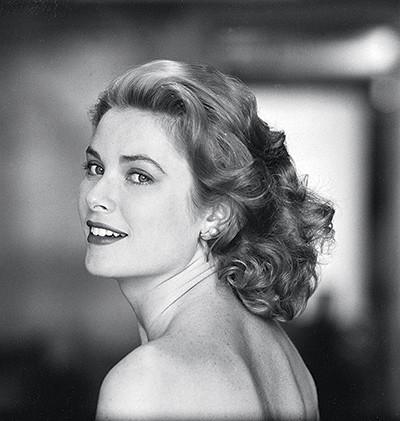 O ANO DE GRACE Grace Kelly em 1954, em Hollywood. Ela atuou em cinco filmes naquele ano: Janela indiscreta, As pontes de Toko-Ri, Amar é sofrer, Ladrão de casaca e Disque M para matar (Foto: Sharland/Time Life Pictures/Getty Images)