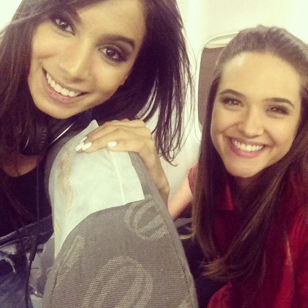 Anitta e Juliana Paiva (Foto: Instagram / Reprodução)
