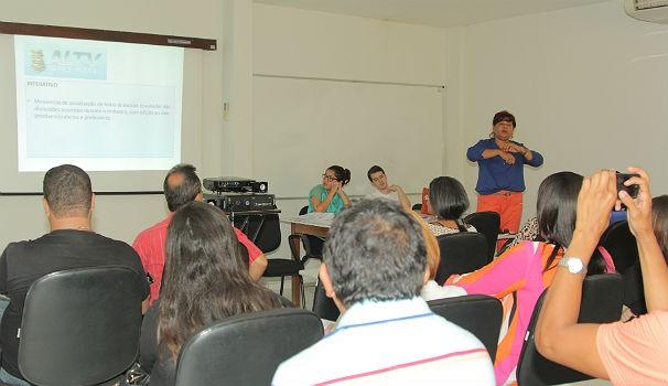 Professores participam da 1ª reinão de 2014 na TV Gazeta (Foto: Divulgação/ Serivaldo Júnior)