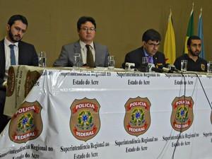 Resultados da 2ª fase da Operação Labor foram divulgados nesta quarta (14) em coletiva na Polícia Federal (Foto: Iryá Rodrigues/G1)