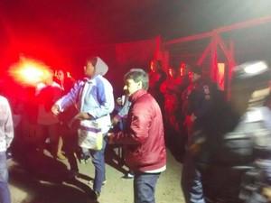 Grupo tentou invadir o conjunto habitacional às margens da BR-116 (Foto: PM / Divulgação)
