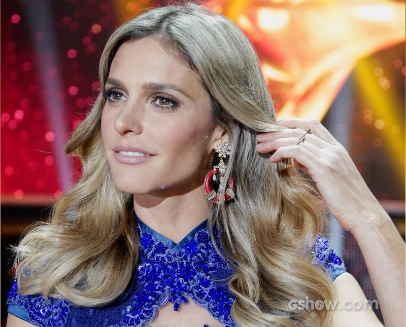 Fê Lima escolhe o azul (Foto: SuperStar / TVGlobo)