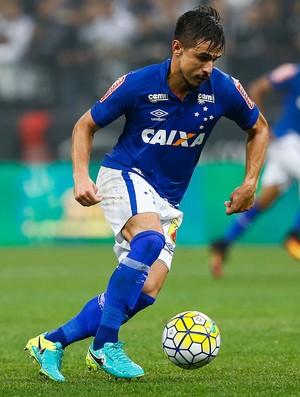 Willian; Cruzeiro (Foto: Marcello Zambrana / Light Press)