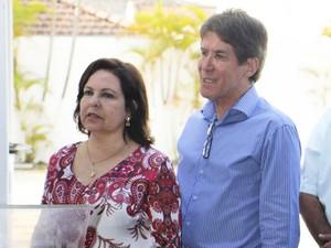 Regina Lúcia e Francisco Carlos, prefeito de Guaratinguetá (Foto: Divulgação/ Prefeitura de Guaratinguetá)