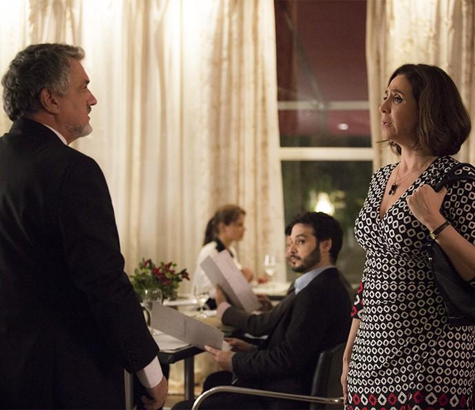 Olha o climão! Guido e Francesca cara a cara :o (Foto: Raphael Dias/Gshow)