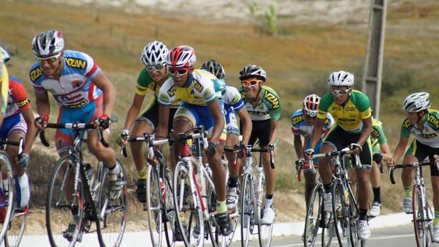 http://s2.glbimg.com/CSSe7isa1SivzIurKRAEyh0fmMs=/620x349/s.glbimg.com/es/ge/f/original/2013/08/28/ciclismo_2.jpg