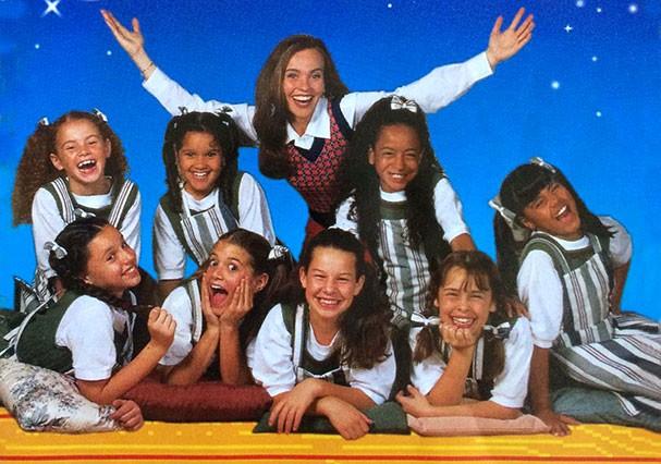 O primeiro elenco de Chiquititas formado por oito meninas (Foto: Reprodução)