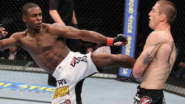 Yves Jabouin x Ian Loveland UFC Rio (Foto: Divulgação/UFC)
