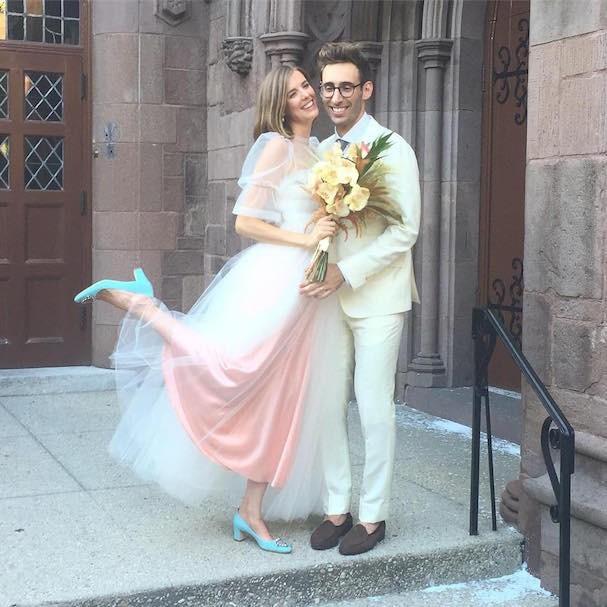 Agyness Deyn, de Molly Goddard, e Joel McAndrew (Foto: Reprodução/Instagram)