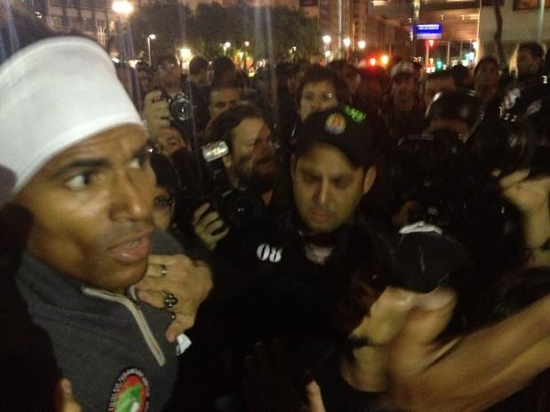 Jair Seixas Rodrigues foi visto em vários protestos desde junho e preso em outubro, acusado de vandalismo; defesa nega (Foto: Gabriel Barreira/G1)