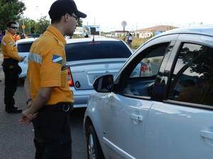 Blitze estáticas ocorrem nos fins de semana, em Roraima (Foto: Bruno Perez/G1 RR)
