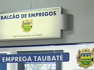 PAT Emprega Taubaté (Foto: Reprodução/TV Vanguarda)