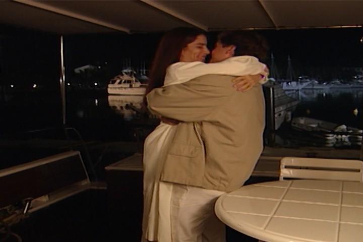 Ruth pede desculpas a Marcos, e ele a leva para passear de barco. (Foto: reproduo/viva)