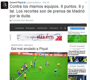piqué reclama da arbitragem no jogo do real madrid (Foto: Reprodução Twitter)