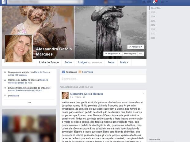 Promotora Alessandra Marques se irrita com comentáros de divulgadores sobre morte de colega (Foto: Reprodução/Facebook)