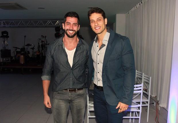 Marcelo Zagonel e Eliéser em evento em São Paulo (Foto: Celso Tavares / EGO)