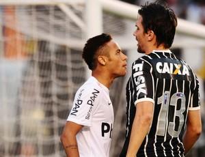 Neymar santos paulo andre corinthians paulistão (Foto: Marcos Ribolli / Globoesporte.com)