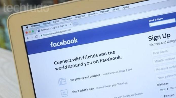 Data Selfie acompanha cada ação que você faz no Facebook (Foto: Gabrielle Lancellotti/TechTudo)