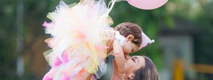 Veja ensaio fofo de Geórgia Busgaib com filhinha Giovanna (Artur Meninea / Gshow)