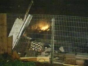 Causas do início do fogo ainda são investigadas (Foto: Reprodução/RBS TV)