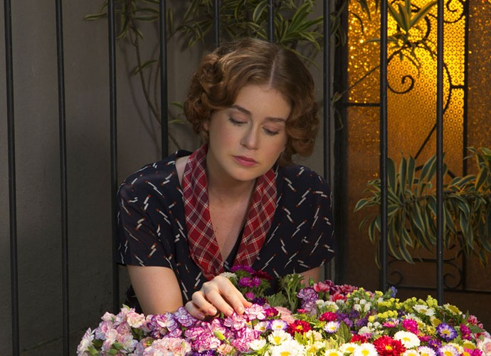 Na trama, a ruiva se vê como a florista do filme, e Marina ficou linda com a caracterização! (Foto: Adriana Garcia/Gshow)