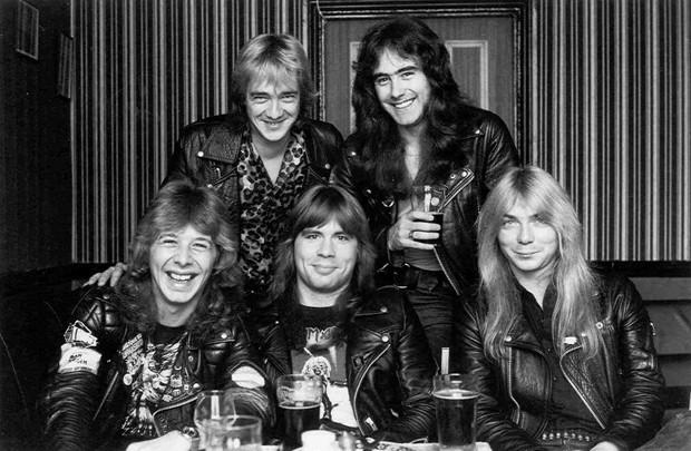 Iron Maiden nos seus primeiros anos: baterista Clive Burr é o primeiro à esquerda (Foto: Divulgação/Site oficial)