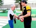"""Éder Jofre volta a treinar boxe, após diagnóstico de """"demência pugilística"""""""