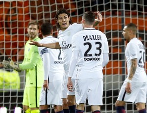 Cavani Paris Saint-Germain x Lorient (Foto: Reuters)