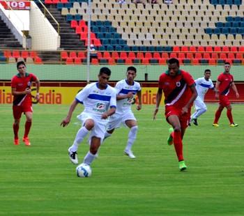 Real Noroeste X Atlético-AC na Arena da Floresta (Foto: Nathacha Albuquerque)