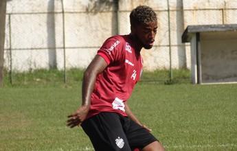 Luiz Paulo aposta em bola parada para bater Vasco em Juiz de Fora
