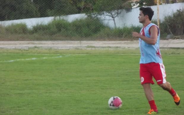 Já recuperado, Norberto volta ao time do América-RN (Foto: Matheus Magalhães/GLOBOESPORTE.COM)