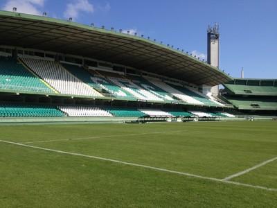 Estádio Couto Pereira, do Coritiba (Foto: Monique Silva)
