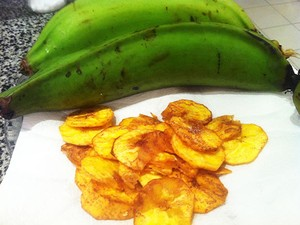 Banana Chips receita (Foto: Stephanie Freitas/G1)