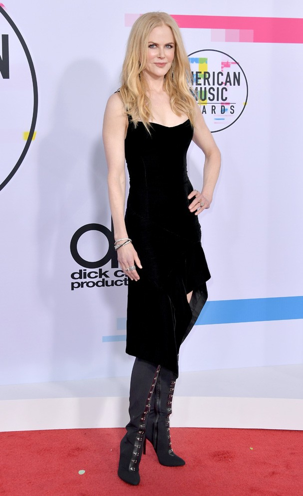 LOS ANGELES, CA - NOVEMBER 19:  Nicole Kidman attends the 2017 American Music Awards at Microsoft Theater on November 19, 2017 in Los Angeles, California.  (Photo by Neilson Barnard/Getty Images) (Foto: Getty Images)