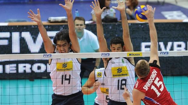 vôlei russia  rodrigão dante brasil liga mundial (Foto: divulgação / FIVB)