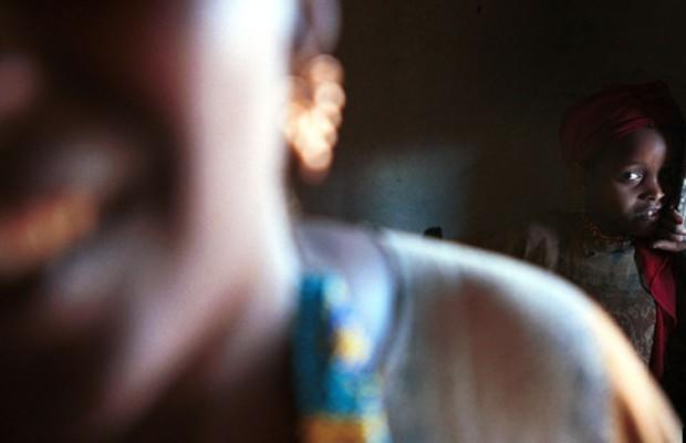 Uma mulher é violentada a cada 11 minutos no Brasil
