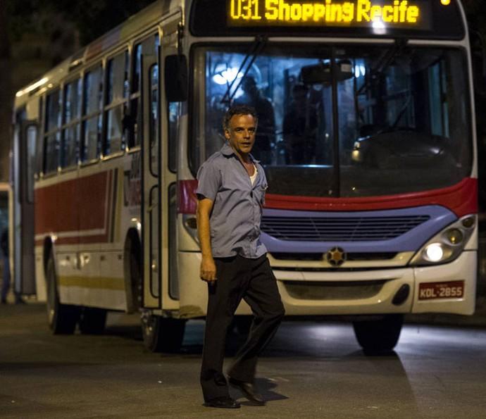 Ângelo Antônio interpretará o motorista de ônibus Waldir (Foto: Globo/Estevam Avellar)