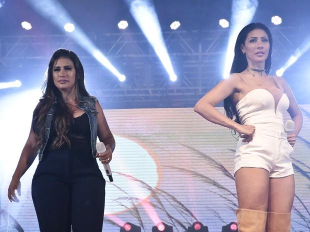 Simone e Simaria em show em São Paulo (Foto: Rafael Cusato/ Brazil News)