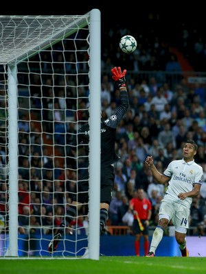 Casemiro, Real Madrid x Sporting (Foto: Gonzalo Arroyo Moreno/Getty Images)