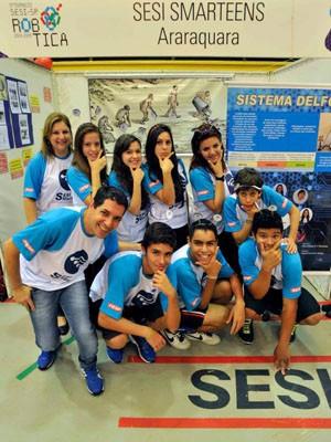 Equipe de Araraquara participa de etapa seletiva da competição de robótica (Foto: Mário Castelo/SESI-SP)