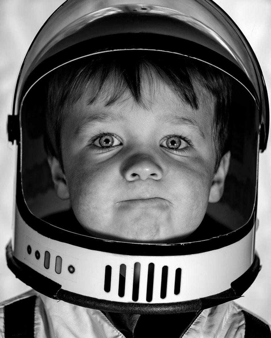 pequeno astronauta (Foto: Reprodução/Aaron Sheldon)